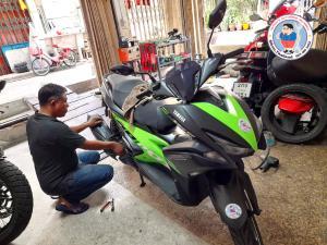 motorbike mechanic in bangkok